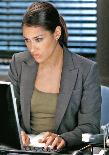 Rywalka Laury, ambitna i przebojowa Meredith Bose (Janina Gavankar) /materiały prasowe