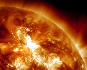Ryzyko potężnej burzy magnetycznej. Co grozi Ziemi?