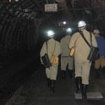 """""""Rz"""": Zaostrza się sytuacja w kopalniach Polskiej Grupy Górniczej. Związkowcy grożą strajkiem"""