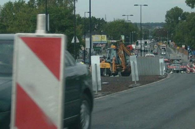 Rząd szuka pieniędzy na budowę dróg /INTERIA.PL