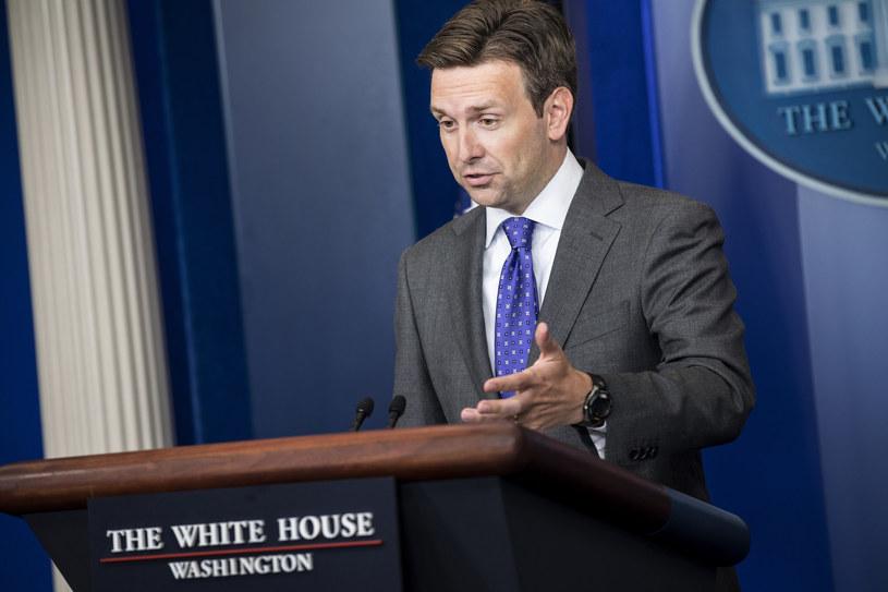 Rzecznik Białego Domu Josh Earnest /AFP