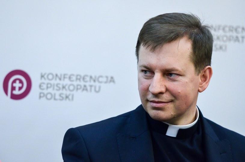 Rzecznik Konferencji Episkopatu Polski ks. Paweł Rytel-Andrianik /Mariusz Gaczyński /Reporter
