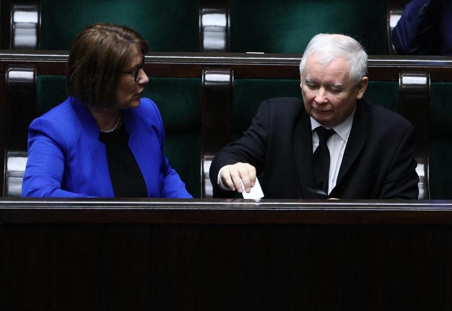 Rzecznik PiS Beata Mazurek, prezes PiS Jarosław Kaczyński podczas posiedzenia Sejmu / Leszek Szymański    /PAP