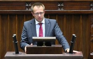 """""""Rzeczpospolita"""": Prostytutka i faktura na Sejm"""