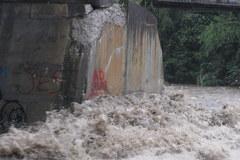 Rzeka Białka przy moście w Bukowinie Tatrzańskiej
