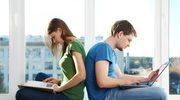 Są osoby, które ciągle szukają idealnego partnera. Internet daje im duży wybór