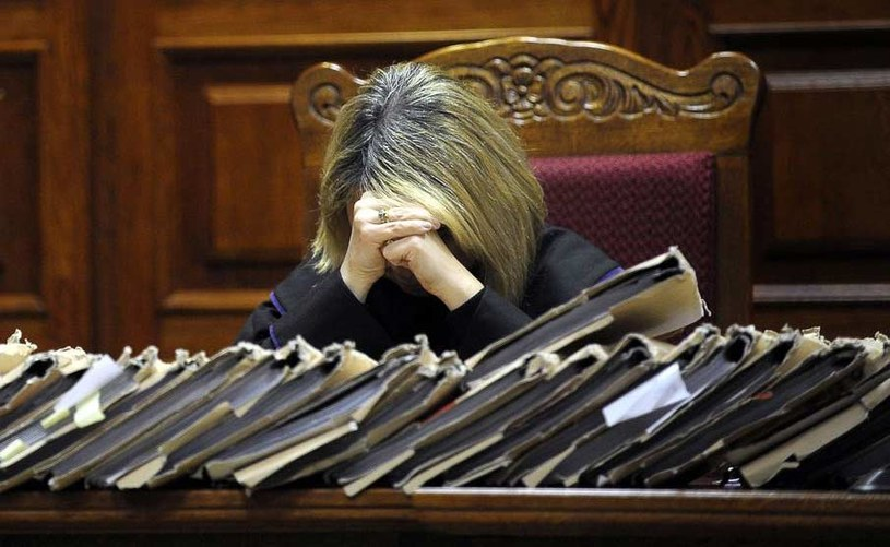 Sąd przyznał obywatelce Rosji 50 tys. zł zadośćuczynienia. /AFP