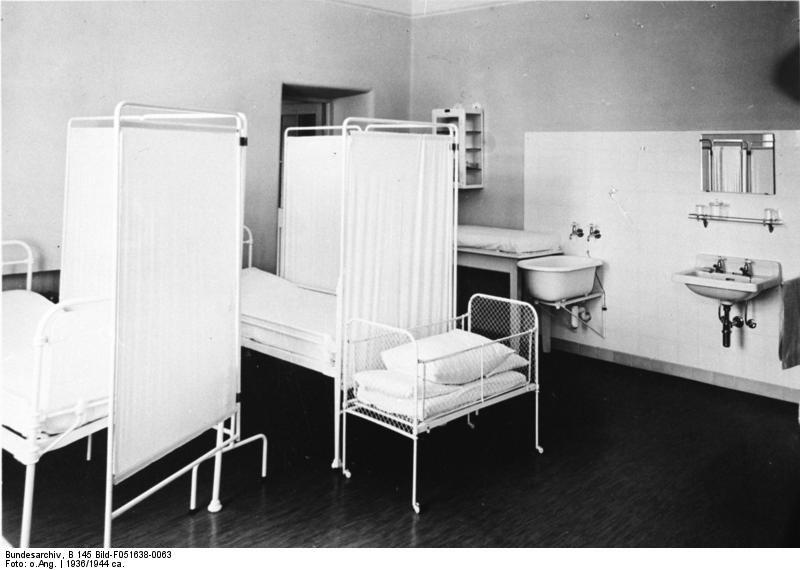 Sala porodowa w Lebensborn /Wikimedia Commons /