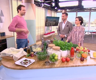 Sałatka grecka, wątróbka z fondue i pita, czyli przez żołądek do serca teściowej