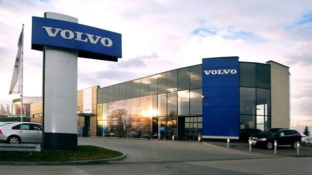 salon Auto-Boss /Volvo