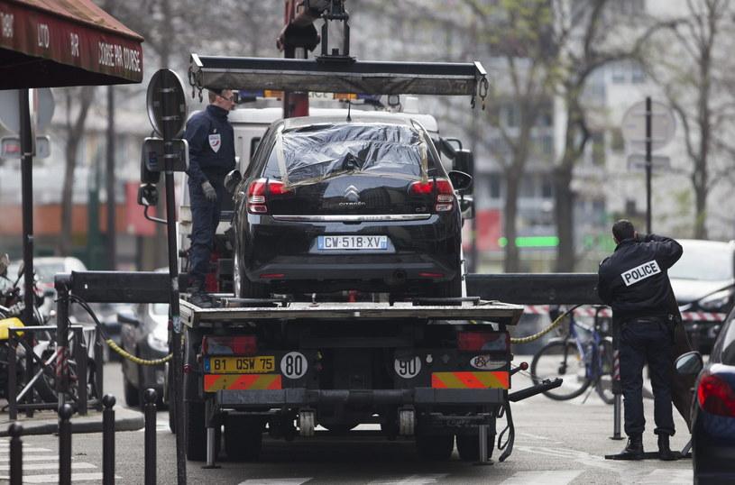 Samochód, który należał do sprawców zamachu /PAP/EPA