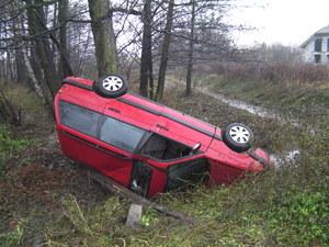 Samochód pijanego kierowcy /