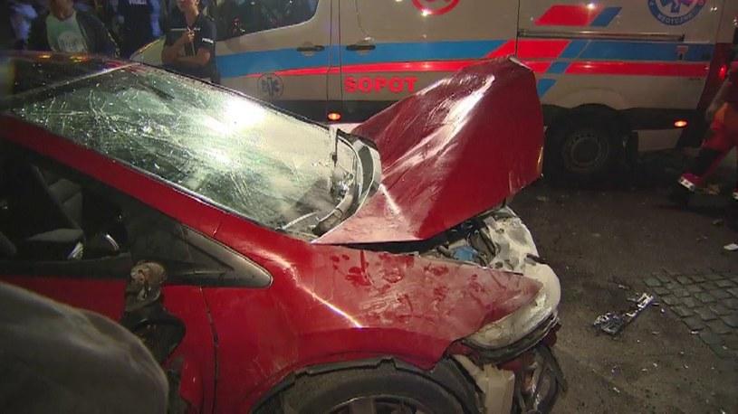 Samochód wjechał w tłum /TVN24/x-news