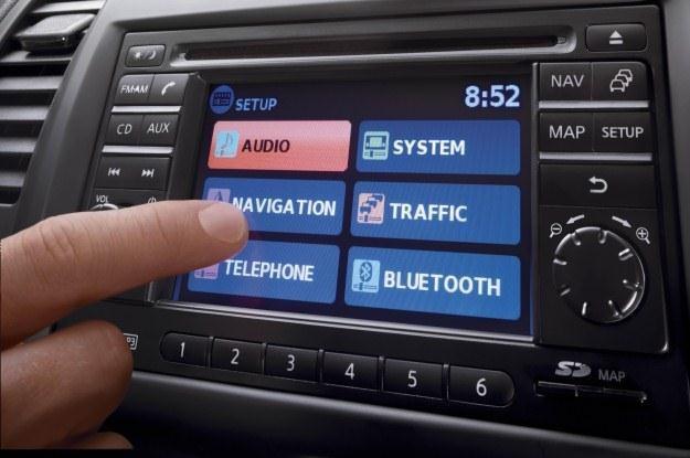 Samochody stają się jeżdżącymi komputerami /
