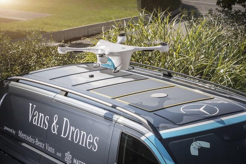 Samochody współpracują z dronami /