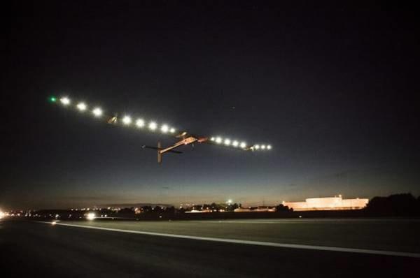 Samolot Solar Impulse w tym roku już nie wzbije się w powietrze /materiały prasowe