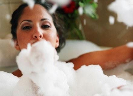 Samopoczucie poprawi kąpiel z dodatkiem olejku pomarańczowego /ThetaXstock