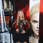 Samotna Joanna Krupa na premierze filmowej!