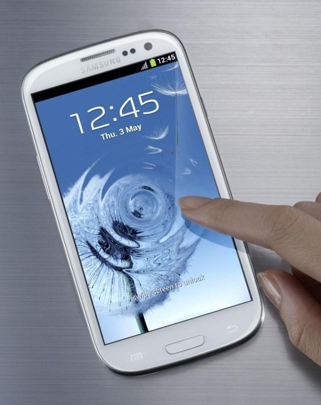 Samsung Galaxy S III w całej okazałości /materiały prasowe