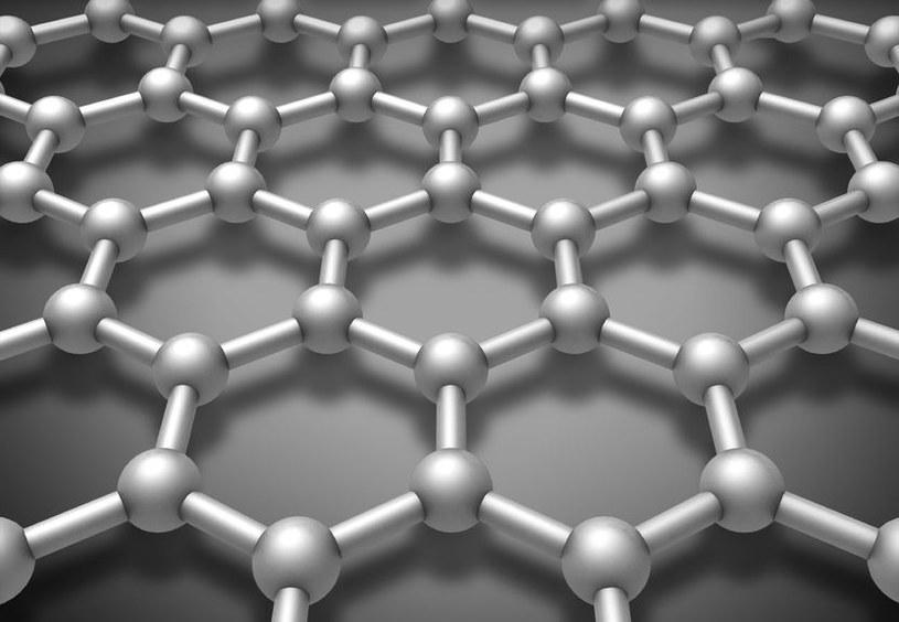 Samsung opracował nową metodę syntezy grafenu. /123RF/PICSEL