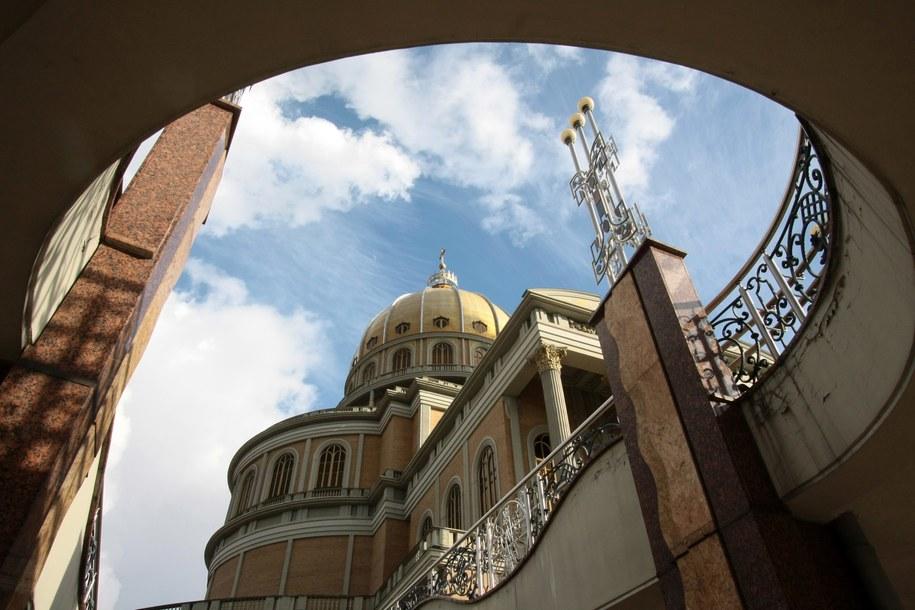 Sanktuarium Matki Boskiej Licheńskiej z największą w kraju świątynią nosząca tytuł bazyliki / Tomasz Wojtasik    /PAP