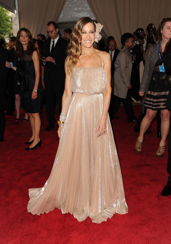 Sarah Jessica Parker w połyskującej sukni  /Getty Images/Flash Press Media