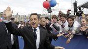 """Sarkozy błaga: """"Francuzi, Francuzki, pomóżcie mi!"""""""