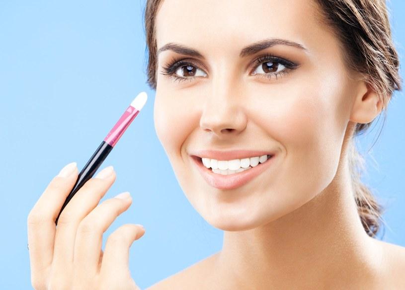 Satynowa, gładka skóra jest najlepszym tłem dla każdego makijażu /©123RF/PICSEL