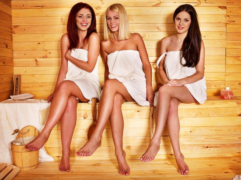 Sauna to dobry sposób na to, aby rozgrzać się jesienią /123RF/PICSEL