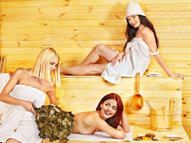 Sauna to miejsce, w którym nagość jest akceptowalna, a wręcz wymagana /123RF/PICSEL