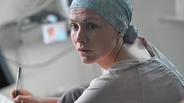 - Scen, w których pokazujemy fizyczne cierpienie Agaty było bardzo dużo - zdradza Olga Bołądź /TVN