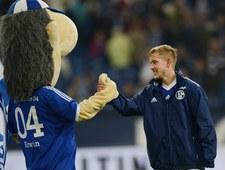 Schalke - Borussia 1-1. Maskotka pokazała sędziemu czerwoną kartkę