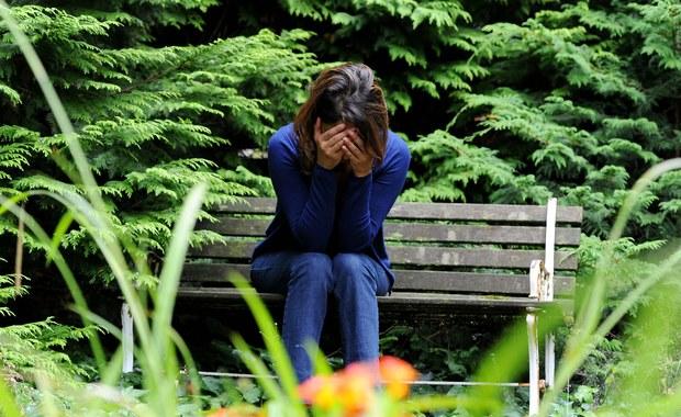 Schizofrenia. Jak ją rozpoznać? Jak pomóc bliskiej osobie?