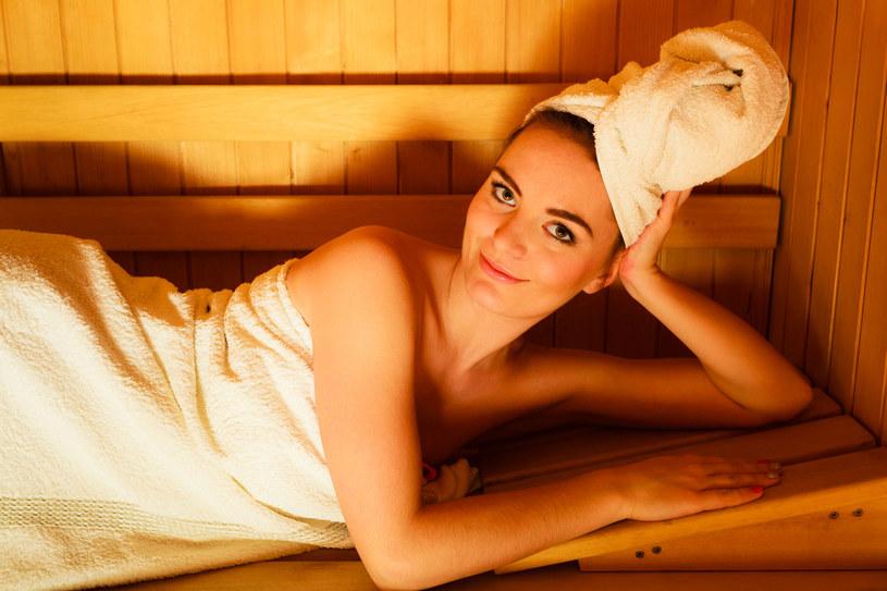 Seans w saunie to samo zdrowie! /123RF/PICSEL