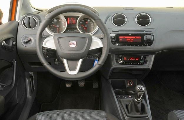 Seat Ibiza deska rozdzielcza /Motor