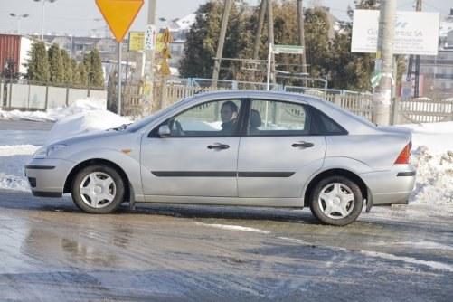 Sedan – umiarkowana podaż, umiarkowane zainteresowanie. Być może przyczyną jest mało atrakcyjna sylwetka. Czasem kupują go taksówkarze. /Motor