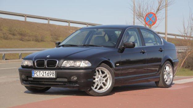 Sedany zwykle są wyposażone najbardziej spartańsko i mają najsłabsze silniki. Jednak nie należy skreślać np. wersji 318i: to prawdziwe BMW, a zarazem niewiele pali. /Motor