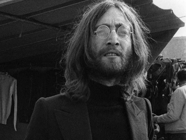 Sedes Johna Lennona został kupiony za prawie 10 tysięcy funtów /arch. AFP