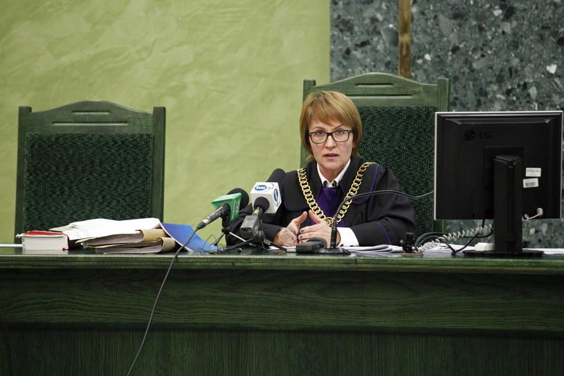 Sędzia Barbara Paszkowska podczas ogłoszenia wyroku na reportera TVP Endiego Gęsinę-Torresa. /Artur Reszko /PAP