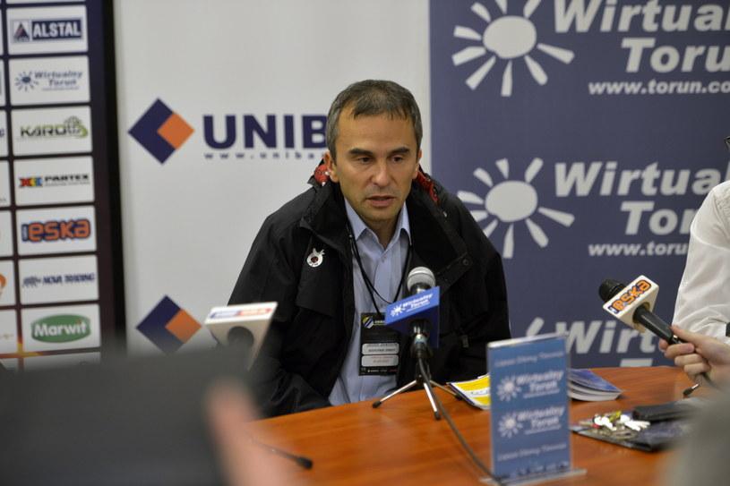 Sędzia Piotr Lis przyznał walkower Unibaksowi /Fot. Tytus Żmijewski /PAP