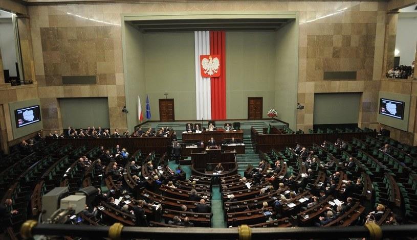 Sejmowe oświadczenia majątkowe. Kto najbogatszy? /W. Rozicki /Reporter