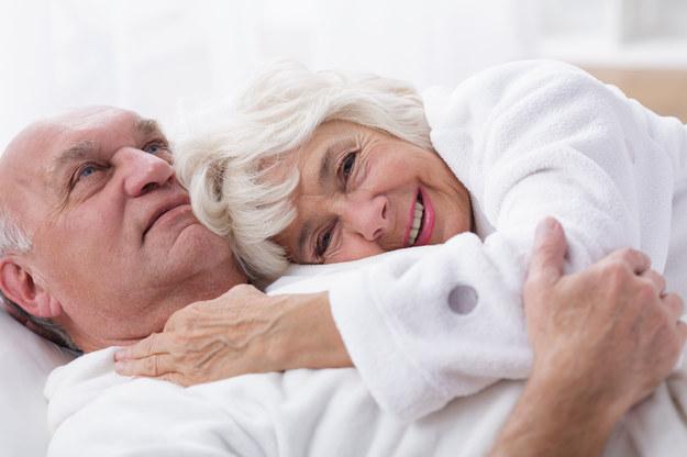 Seksem można się cieszyć także w wieku dojrzałym /123/RF PICSEL