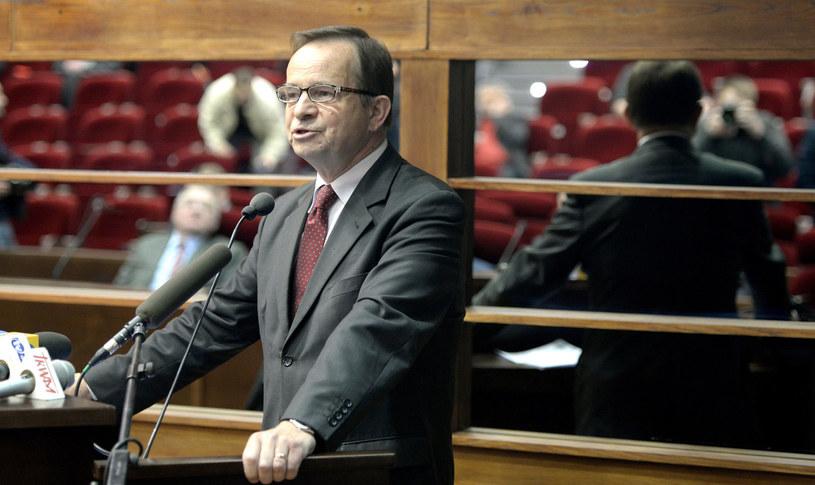 Senator PiS Władysław Ortyl przemawia po wyborze na marszałka województwa podkarpackiego. /Darek Delmanowicz /PAP