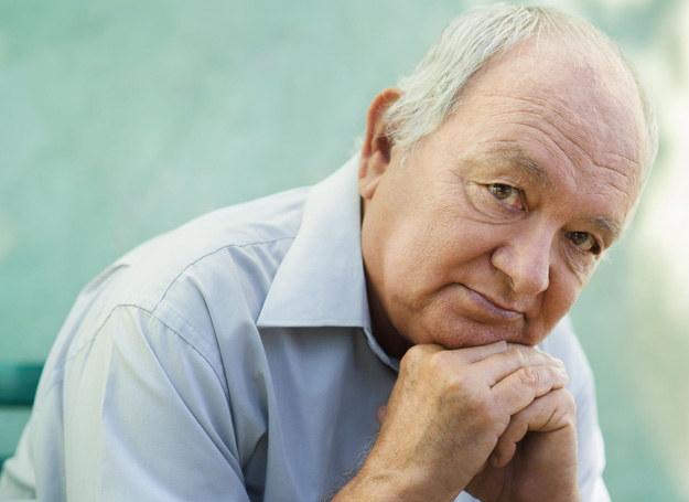 Seniorzy są zagubieni w wielu sytuacjach życiowych /123RF/PICSEL
