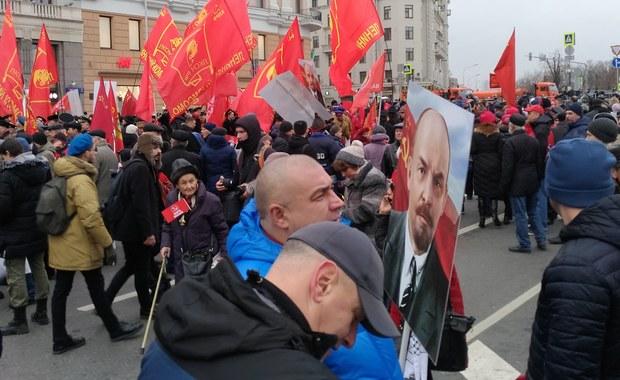 """Setna rocznica rewolucji październikowej. """"Bez niej byłoby gorzej"""""""