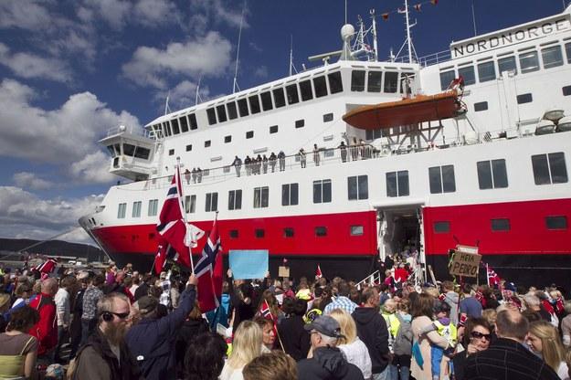 Sezon to więcej turystów i pracy w Norwegii /AFP