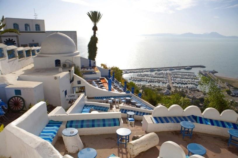 Sidi Bou Said jest jednym z najbardziej malowniczych miejsc w Tunezji /East News