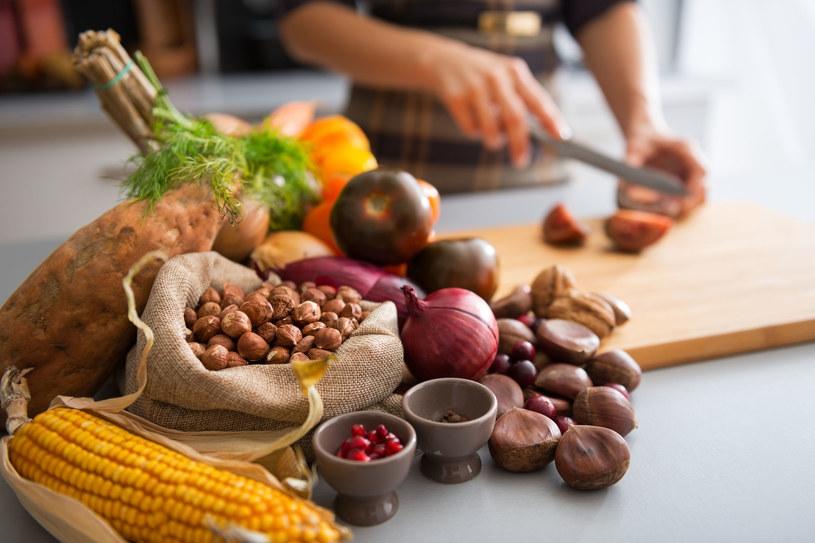 Siedem prostych zasad żywienia pomoże ci zachować zdrowie /123RF/PICSEL