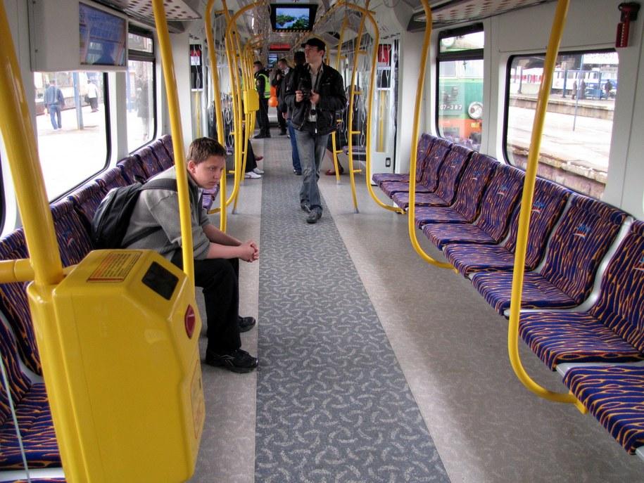 Siedzenia tyłem do okien = więcej miejsca dla podróżnych /Paweł Świąder /RMF FM