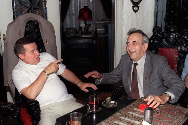 Sierpień 1989: Lech Wałęsa i Tadeusz Mazowiecki /AFP